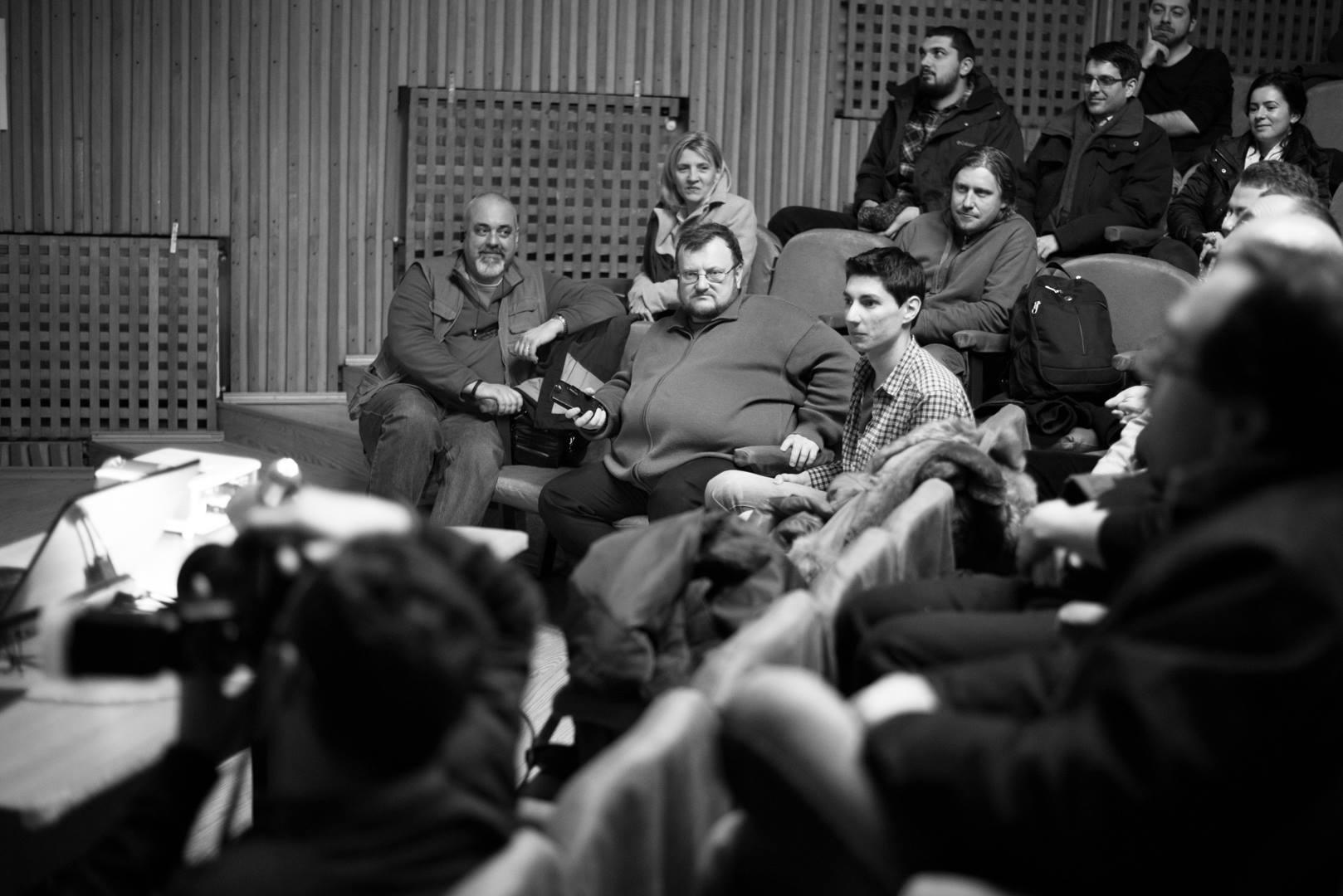 Expoziţie de fotografie Printre popi şi doamne - organizator Clubul Fotografilor Iasi Paul Padurariu cadru Mihail Urscahe Copou