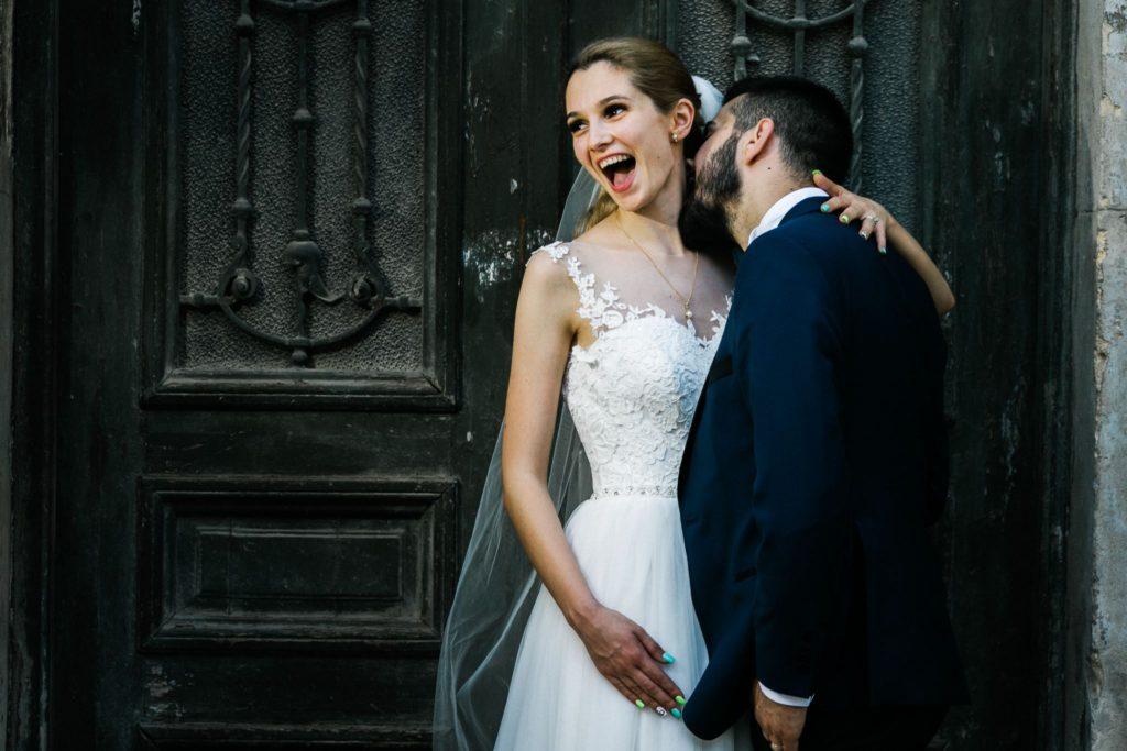 Emotie surprinsa la sedinta foto nunta Iasi Paul Padurariu fotograf nunta