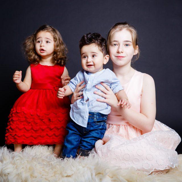 sedinta foto copii peste 1 an in studio profesionist iasi www.paulpadurariu.ro © 2018 Paul Padurariu