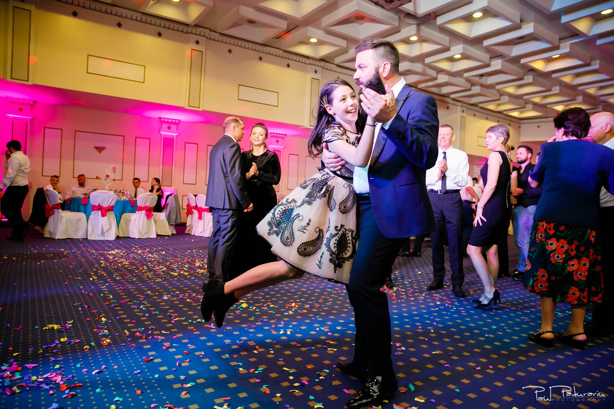 Antonia si Alin – Nunta in Iasi – restaurant Traian www.paulpadurariu.ro © 2018 Paul Padurariu fotograf profesionist nunta Iasi - dans invitati