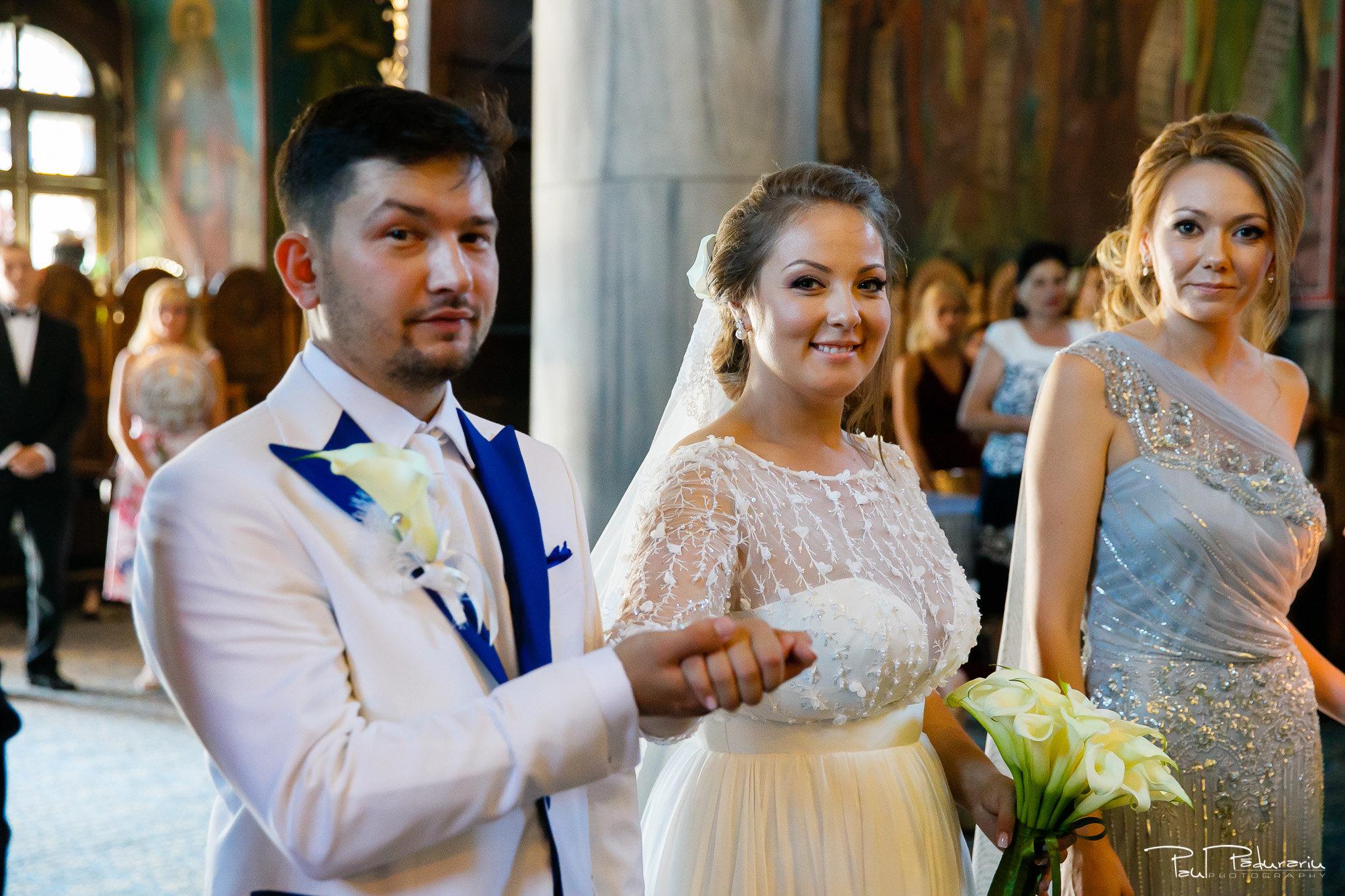 Cununia religioasa nunta Ema si Tudor fotograf de nunta iasi www.paulpadurariu.ro © 2017 Paul Padurariu miri in timpul slujbei 1