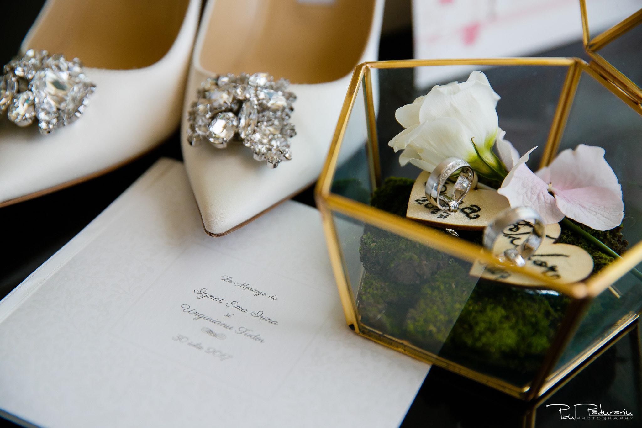Pregatiri nunta Ema si Tudor fotograf de nunta iasi www.paulpadurariu.ro © 2017 Paul Padurariu accesorii mireasa
