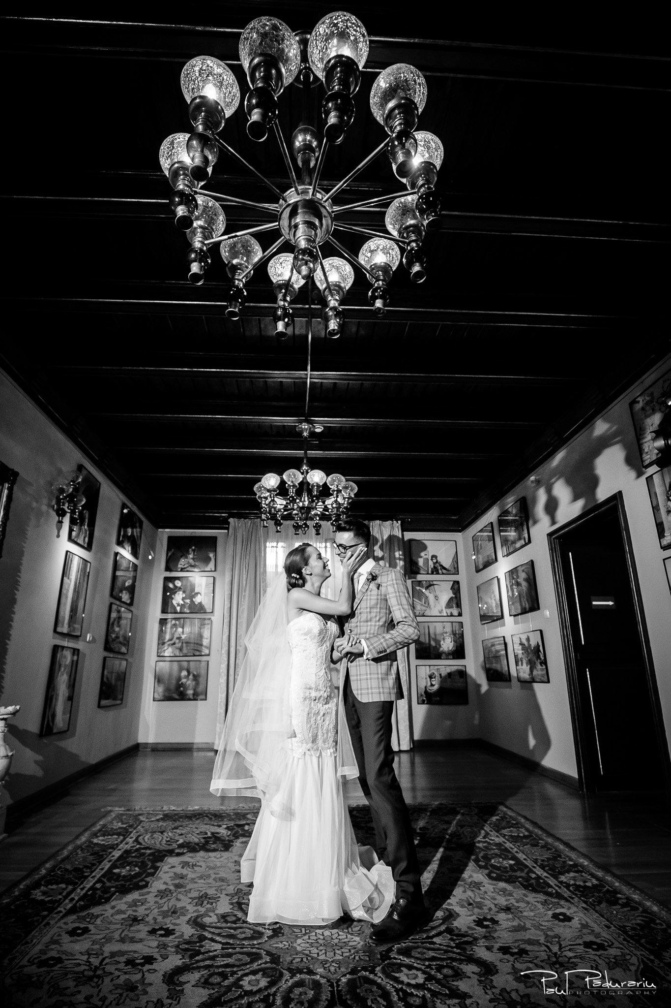 Roxana si Silviu Nunta Hotel Eden Iasi sedinta foto nunta Casa Pogor fotograf profesionist nunta www.paulpadurariu.ro © 2017 Paul Padurariu