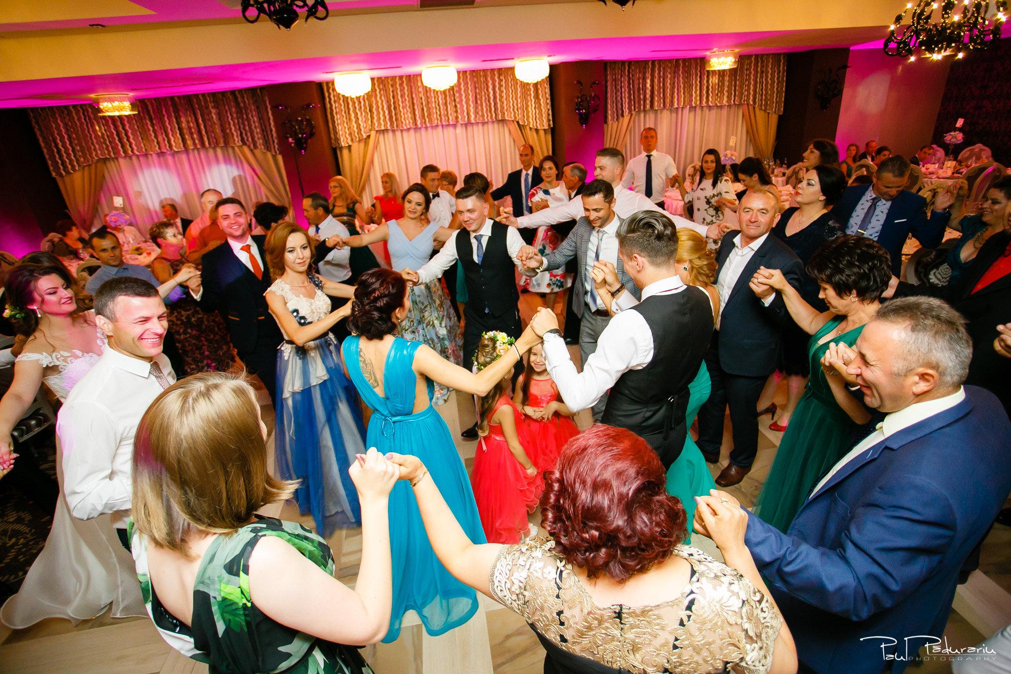 Dans invitati Ariadna si Iulian petrecere nunta Iasi www.paulpadurariu.ro © 2017 Paul Padurariu fotograf profesionist