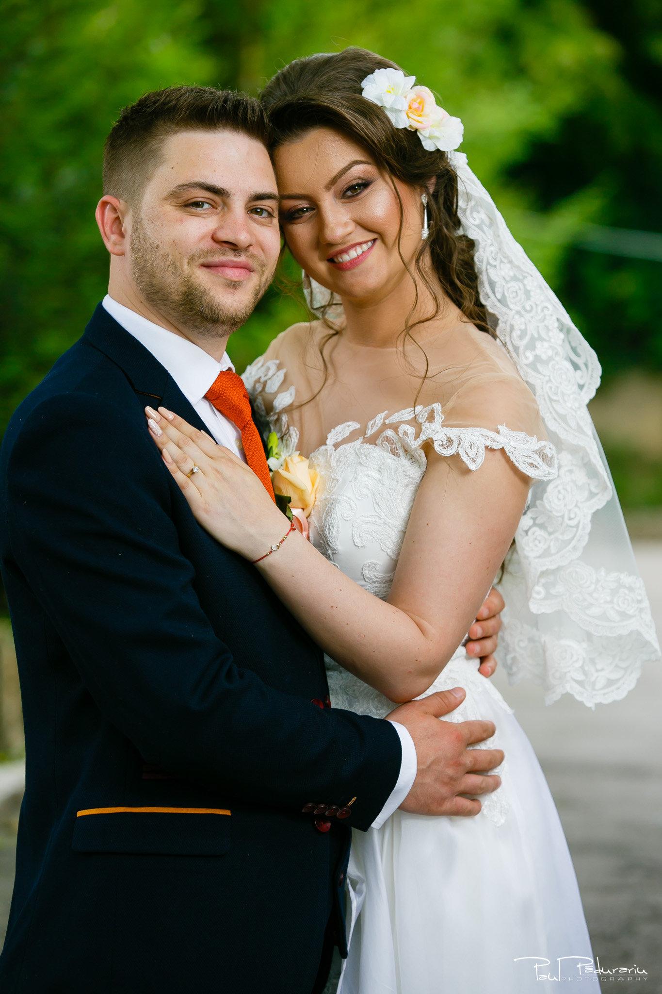 Cuplu Ariadna si Iulian sedinta foto nunta Iasi www.paulpadurariu.ro © 2017 Paul Padurariu