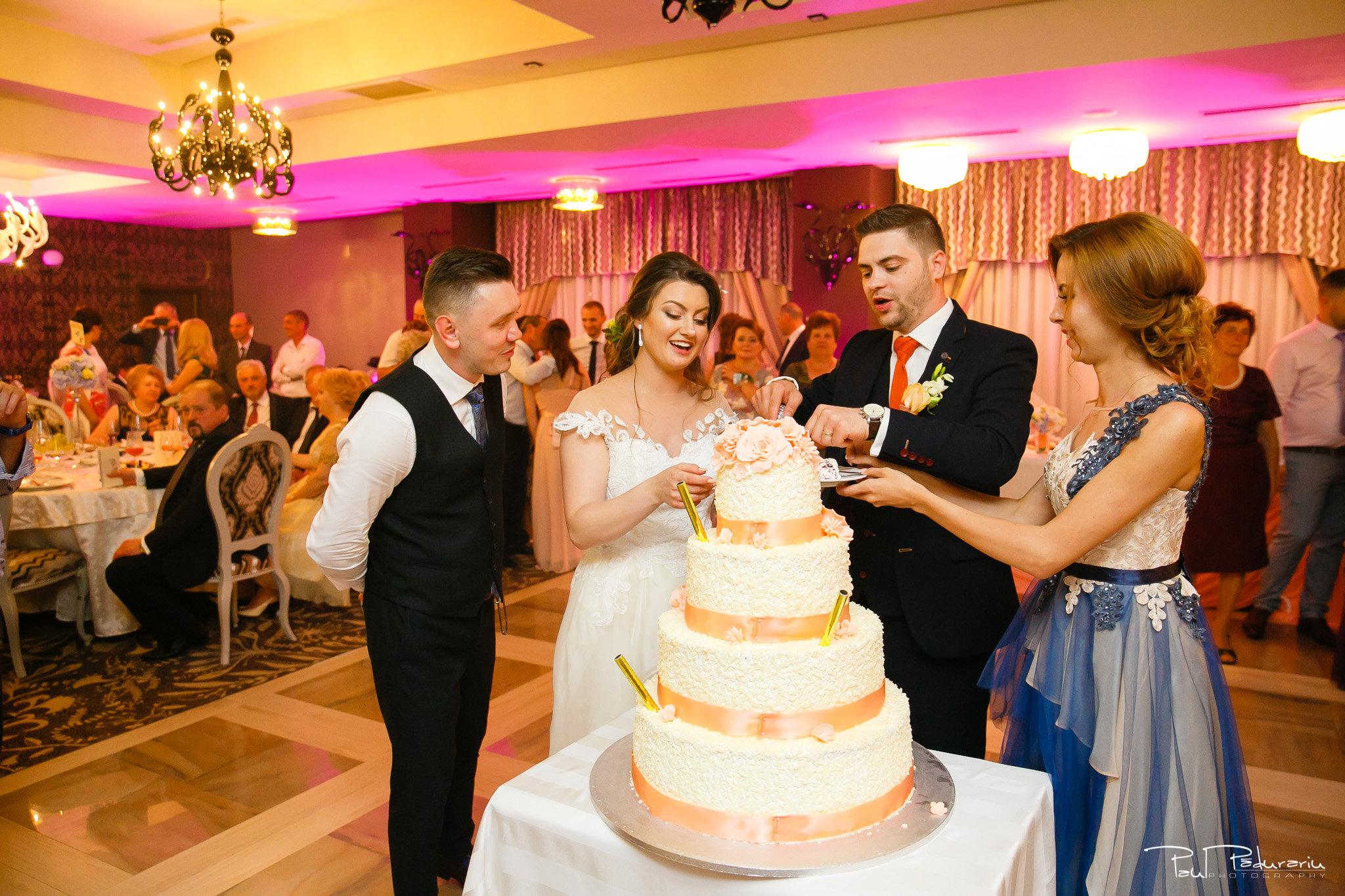 Tort Ariadna si Iulian petrecere nunta Iasi www.paulpadurariu.ro © 2017 Paul Padurari