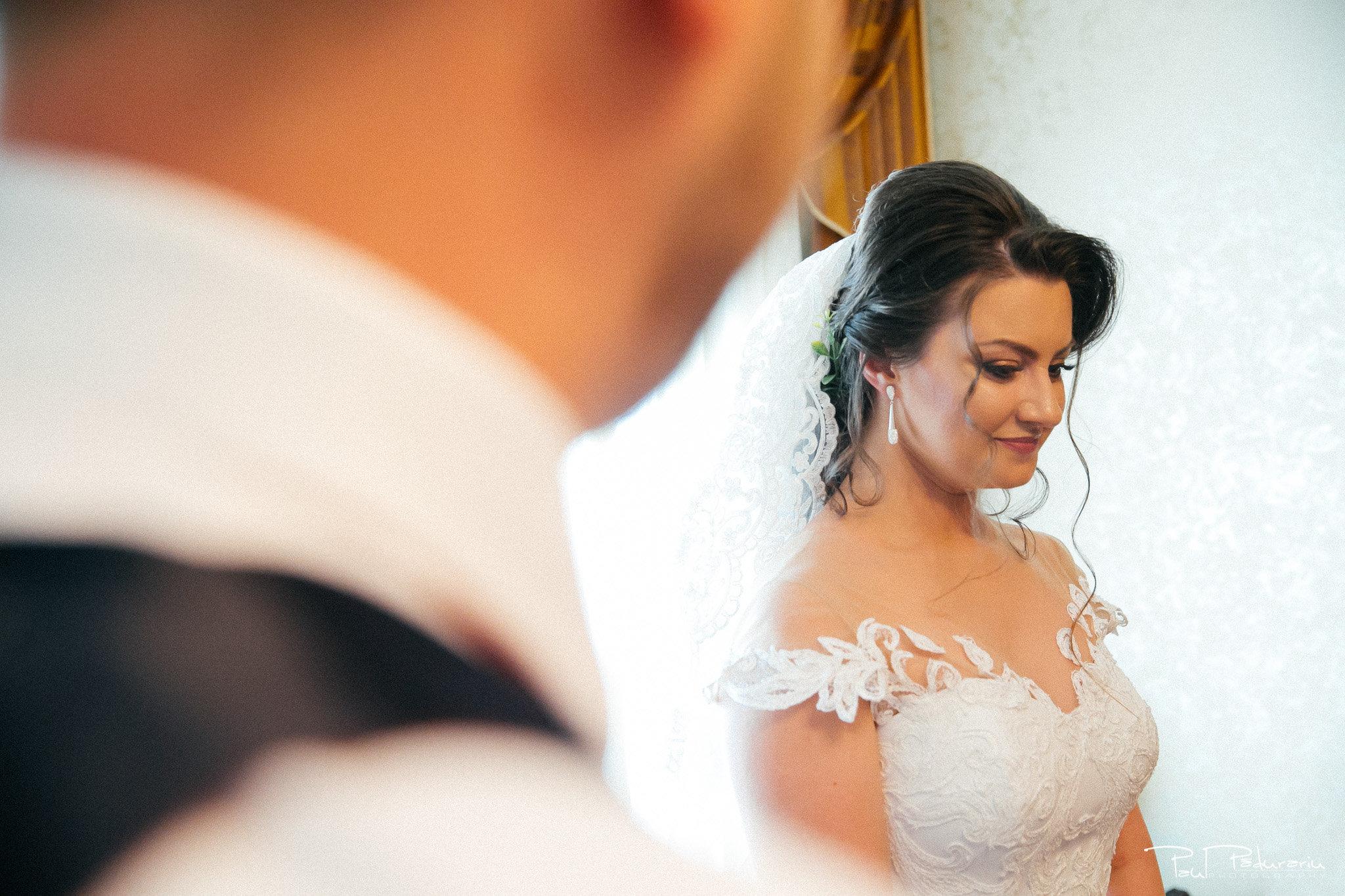 Pregatirea miresei Ariadna si Iulian fotografie nunta Iasi www.paulpadurariu.ro © 2017 Paul Padurariu