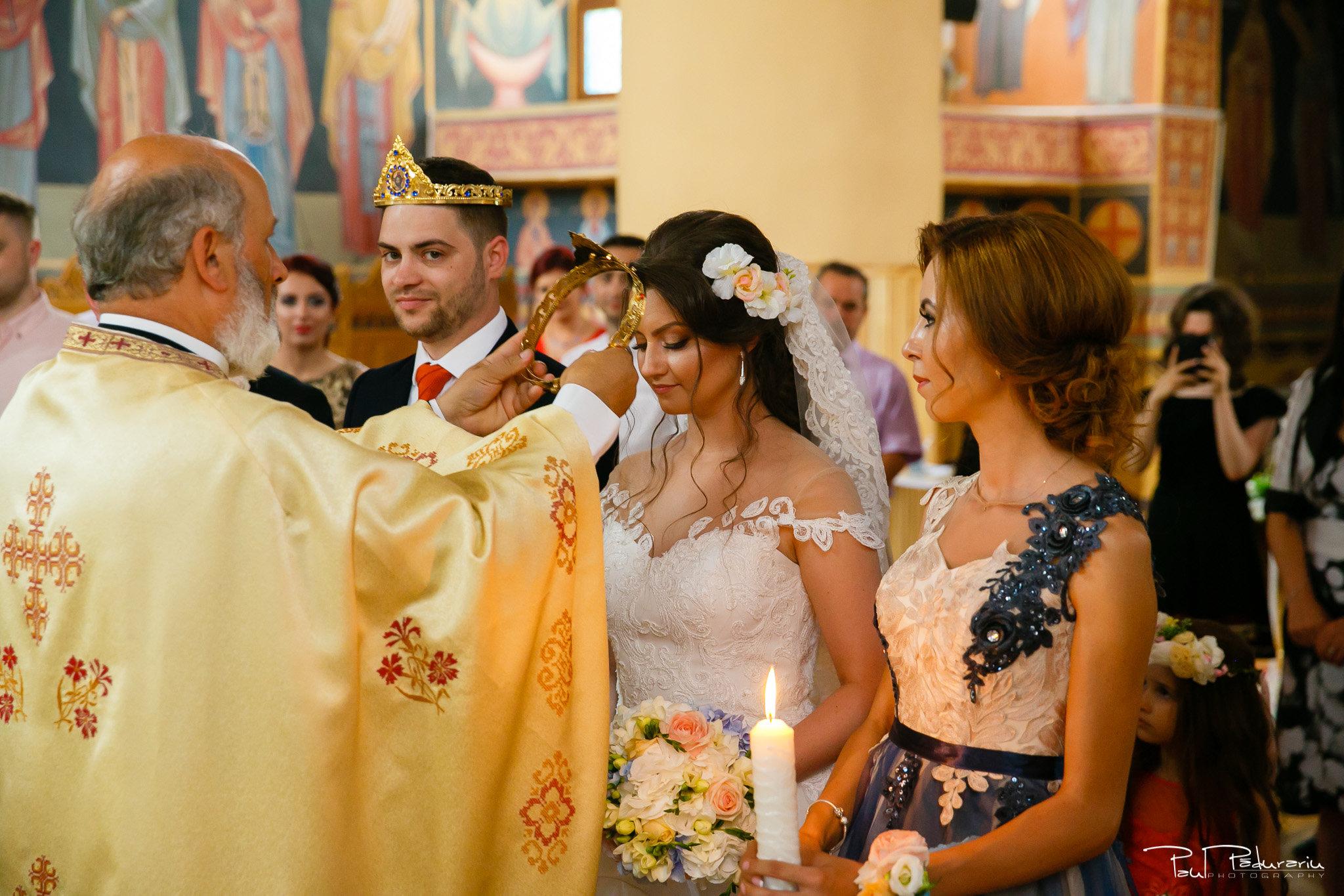 Adriana si Iulian la cununia religioasa - fotograf nunta Iasi www.paulpadurariu.ro © 2017 Paul Padurariu