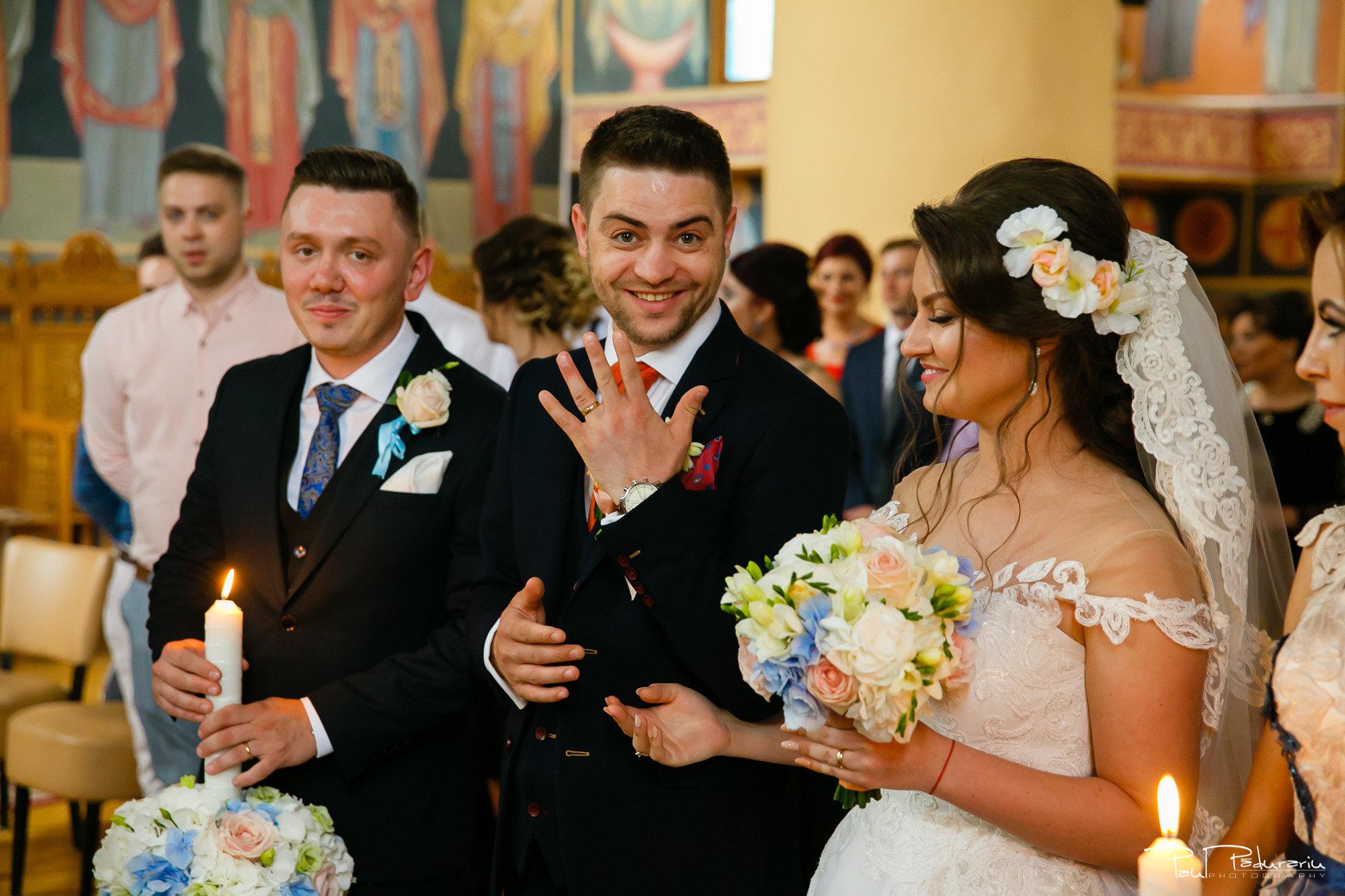 Adriana si Iulian cununie religioasa moment mire - fotograf profesionist Iasi www.paulpadurariu.ro © 2017 Paul Padurariu