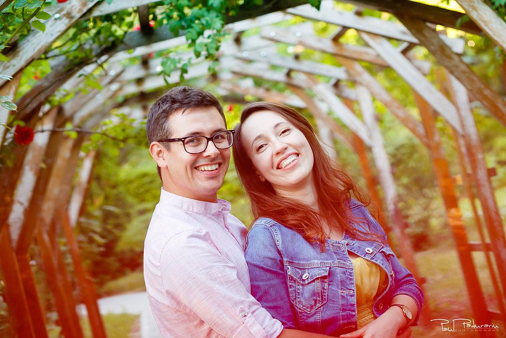 Ioana si Adi sedinta foto logodna gradina botanica www.paulpadurariu.ro fotograf nunta Iasi Paul Padurariu 14
