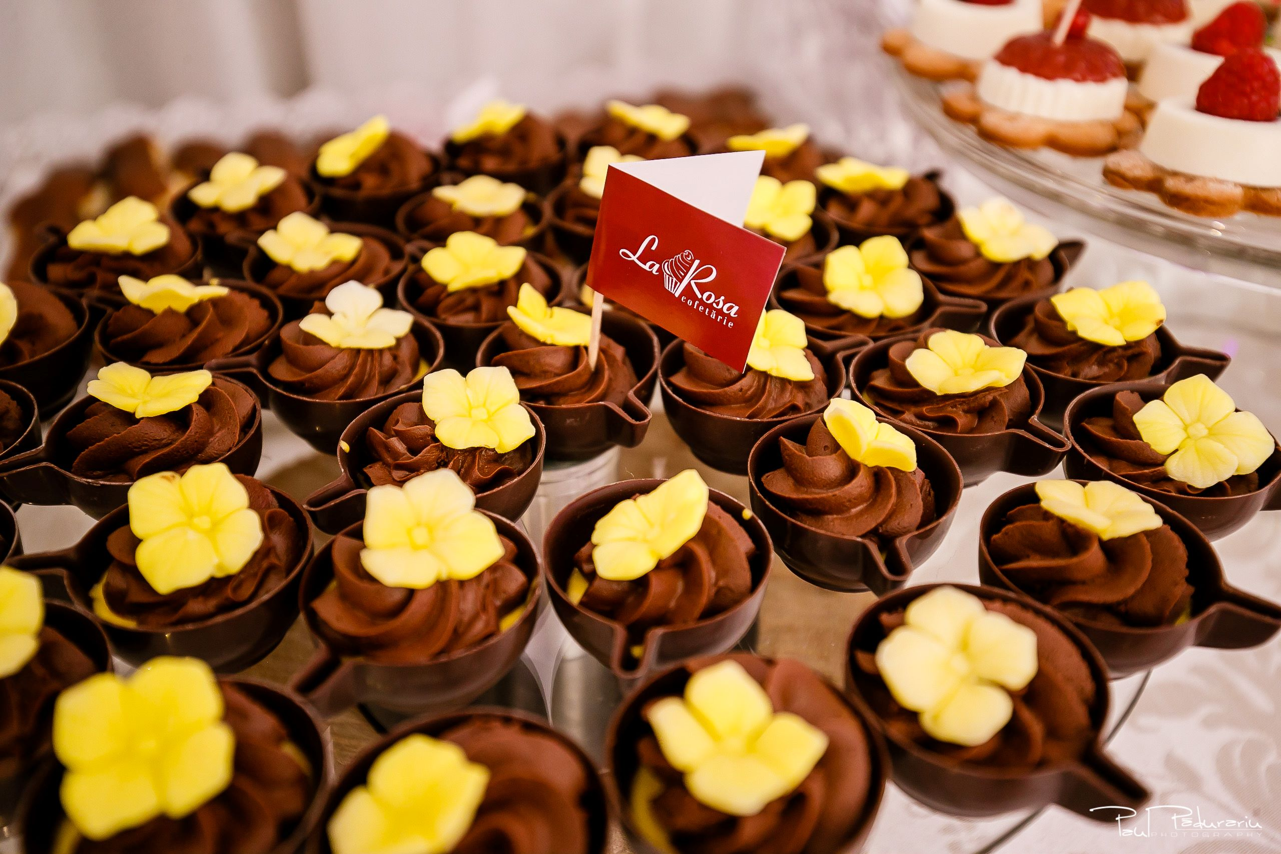 Cofetaria La Rosa - prajituri, torturi si candy bar pentru nunta Iasi fotograf Paul Padurariu 12