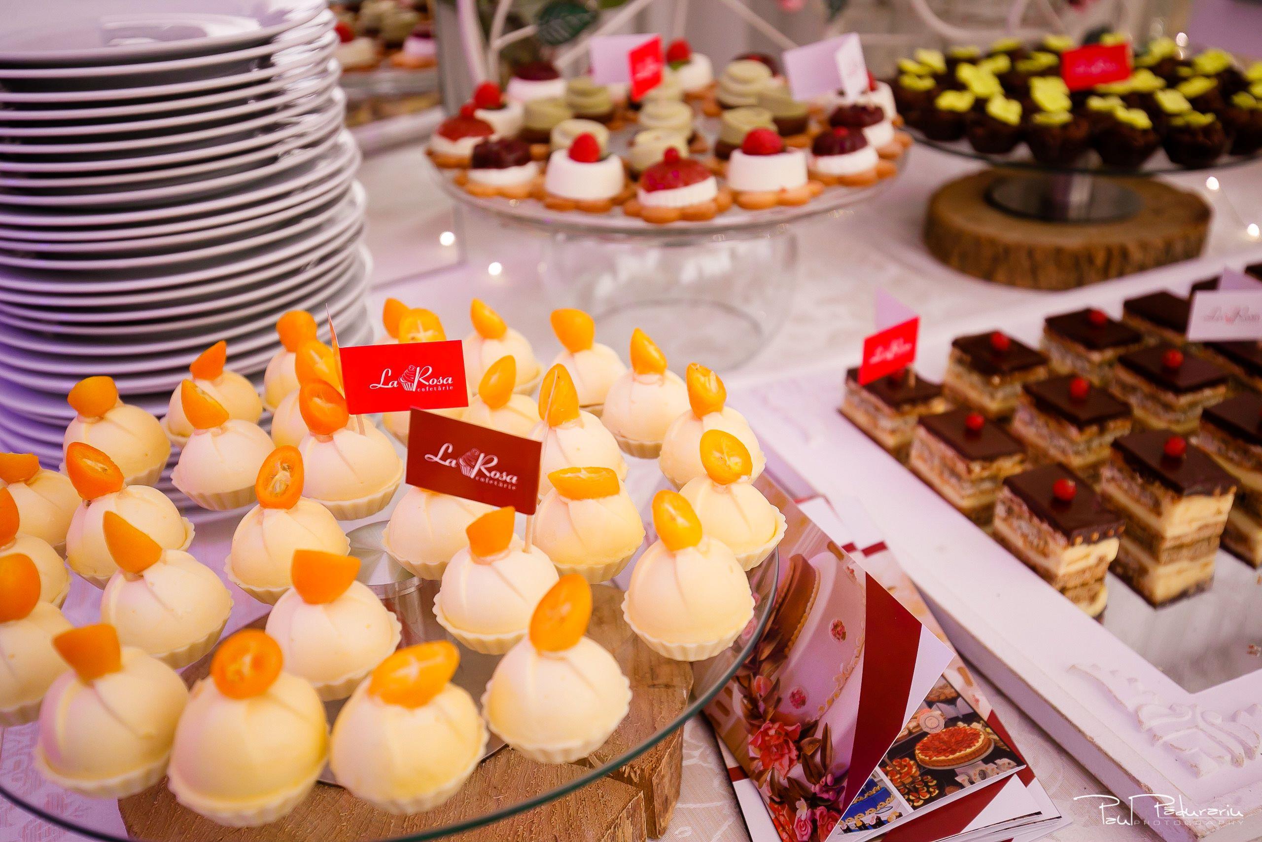 Cofetaria La Rosa - prajituri, torturi si candy bar pentru nunta Iasi fotograf Paul Padurariu 3