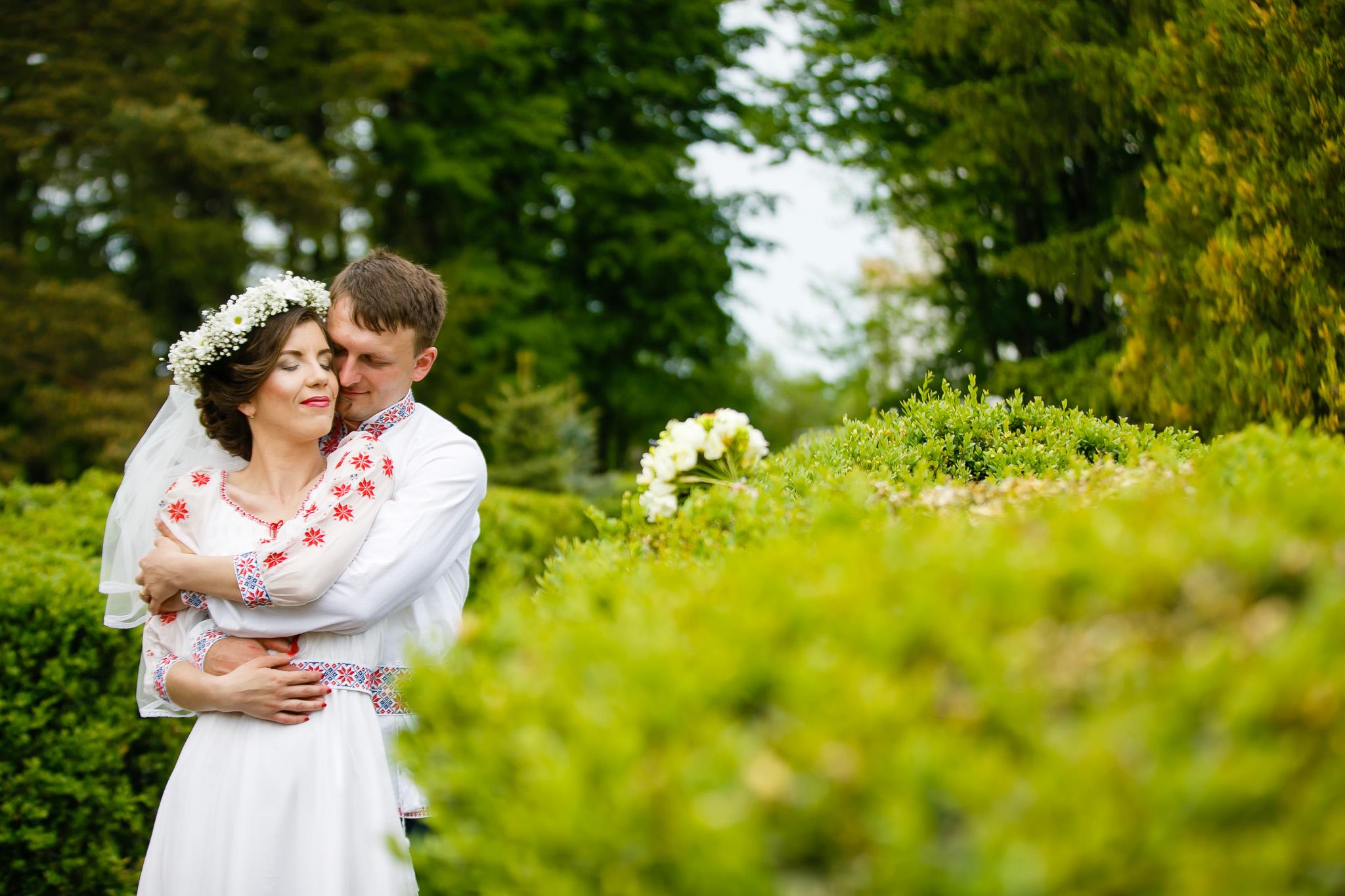 Nuntă tradițională Elisabeta și Alexandru fotograf profesionist nunta Iasi www.paulpadurariu.ro © 2018 Paul Padurariu fotograf de nunta Iasi sedinta foto miri 2