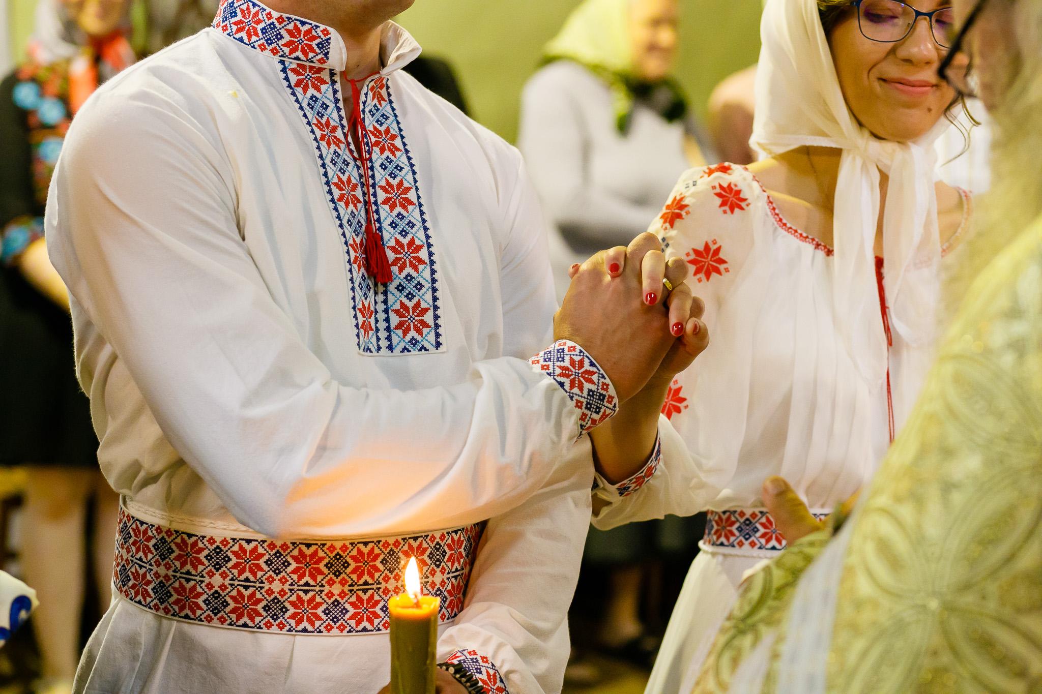 Nuntă tradițională Elisabeta și Alexandru fotograf profesionist nunta Iasi www.paulpadurariu.ro © 2018 Paul Padurariu fotograf de nunta Iasi cununia religioasa 4