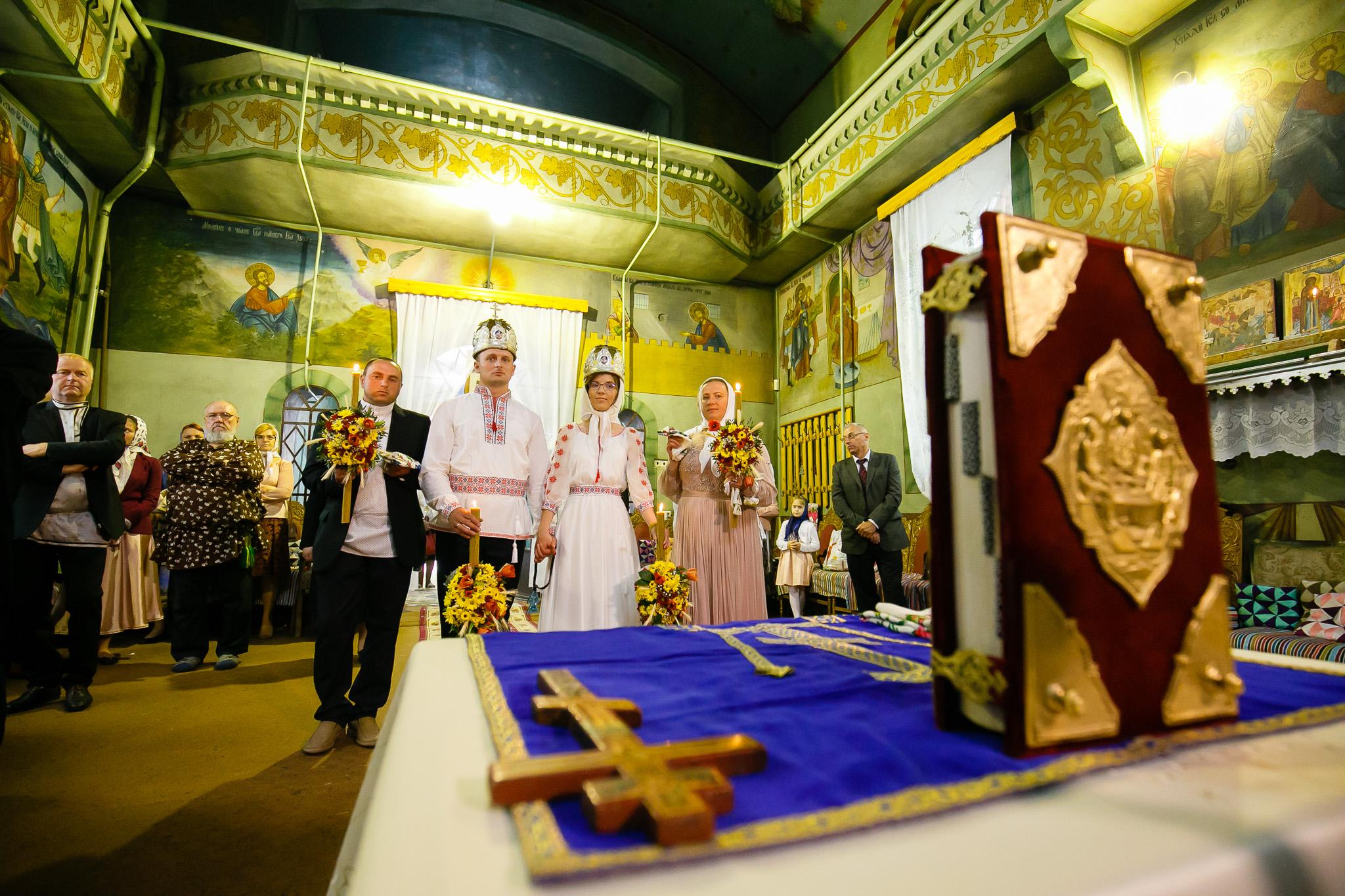 Nuntă tradițională Elisabeta și Alexandru fotograf profesionist nunta Iasi www.paulpadurariu.ro © 2018 Paul Padurariu fotograf de nunta Iasi cununia religioasa 7