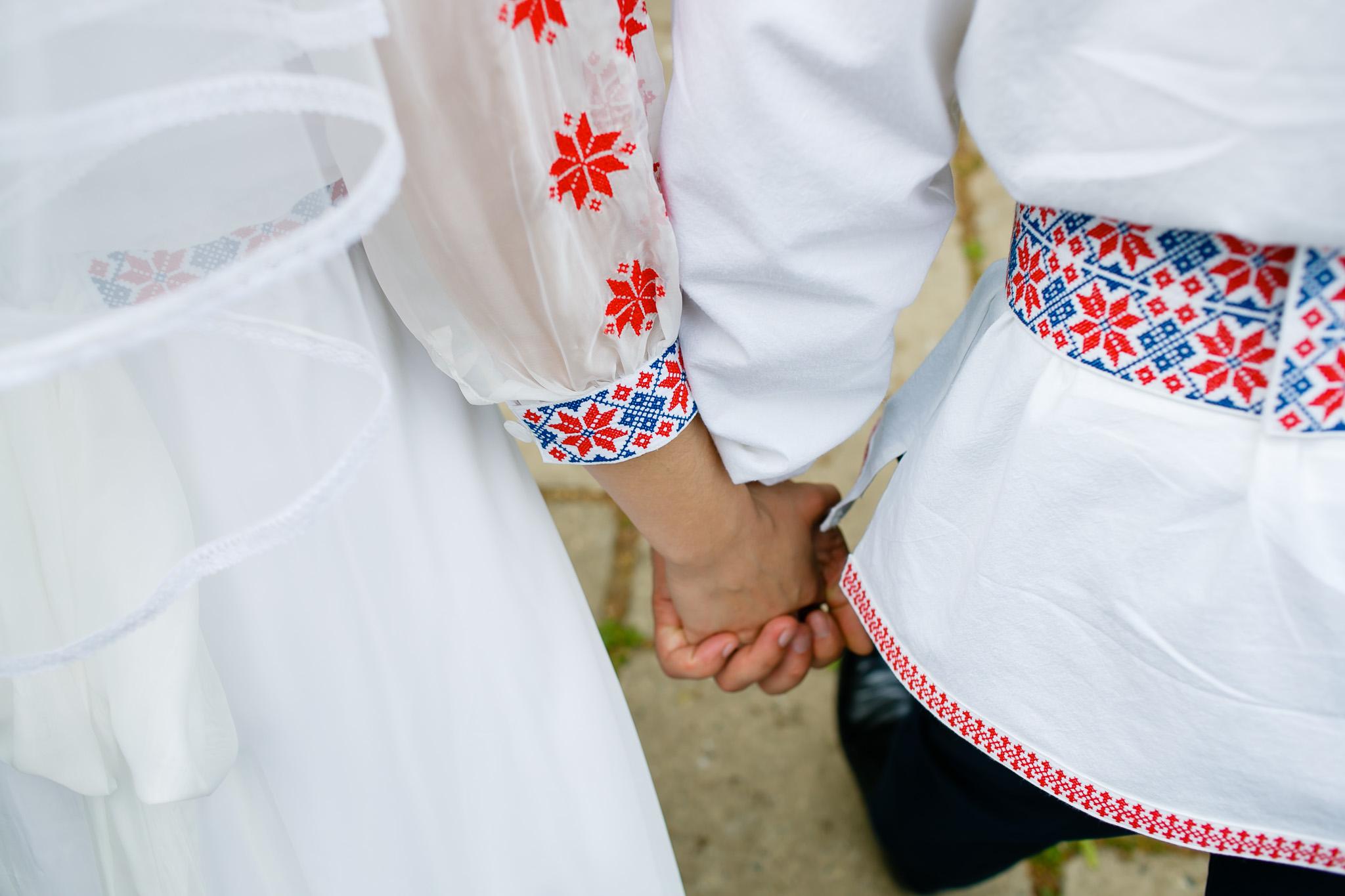 Nuntă tradițională Elisabeta și Alexandru fotograf profesionist nunta Iasi www.paulpadurariu.ro © 2018 Paul Padurariu fotograf de nunta Iasi sedinta foto miri 6