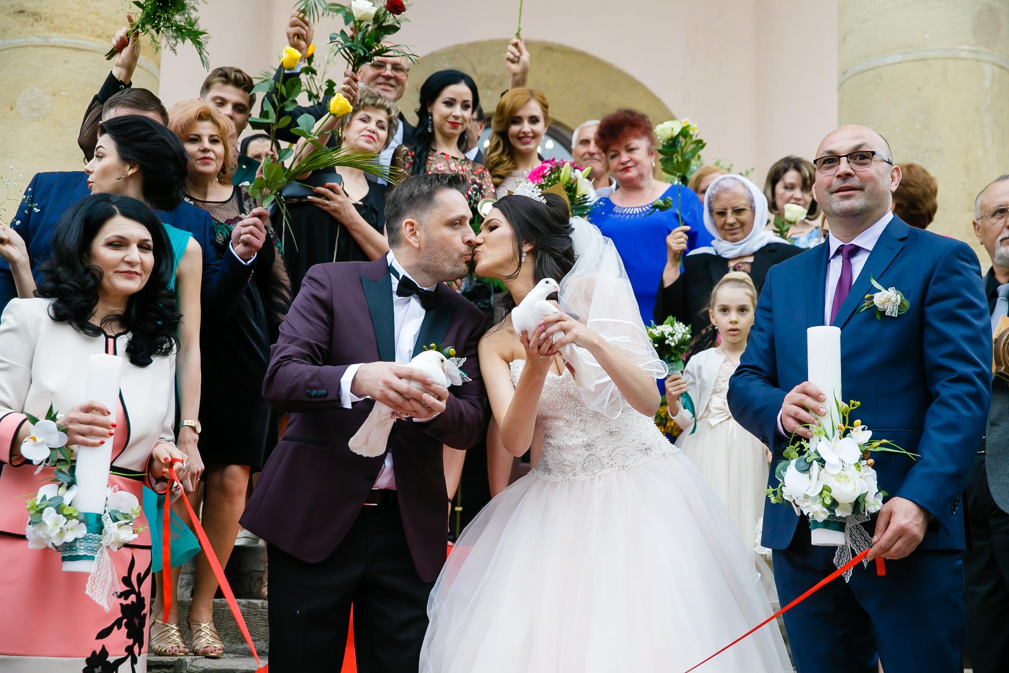 Larisa si Bogdan Nuntă la Pleiada fotograf profesionist nunta Iasi www.paulpadurariu.ro © 2018 Paul Padurariu cununia religioasa 1