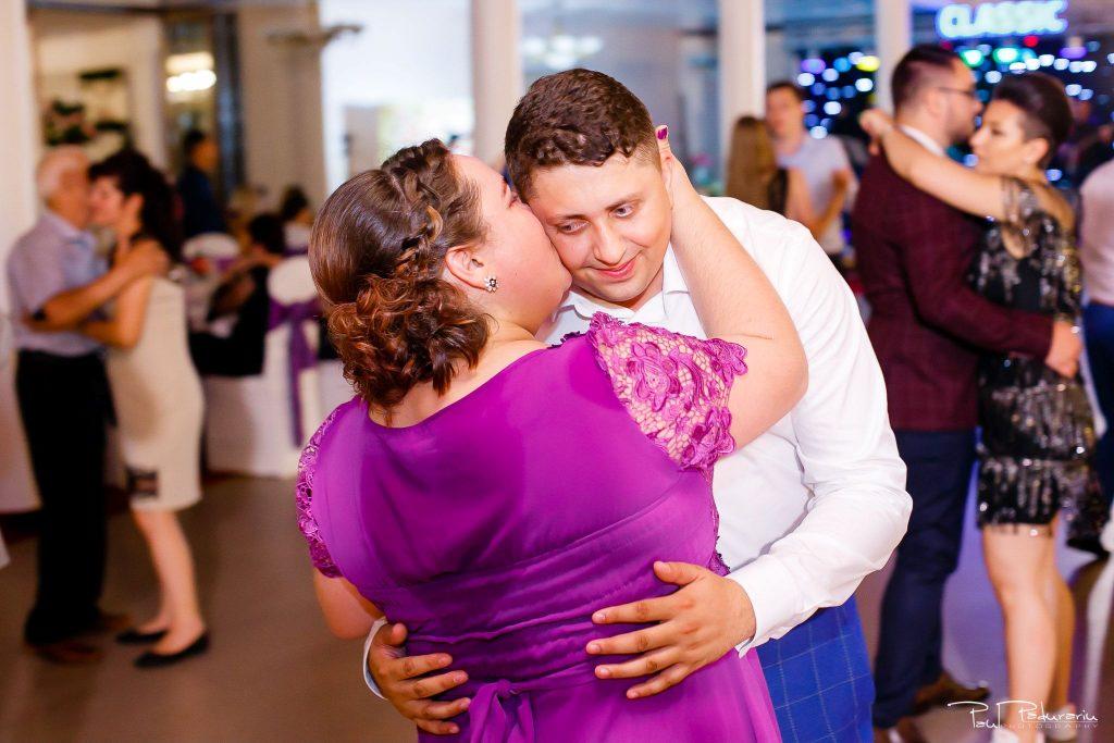 Diana Sebi nunta lavanda paul padurariu fotograf nunta Salon Regal Husi 14