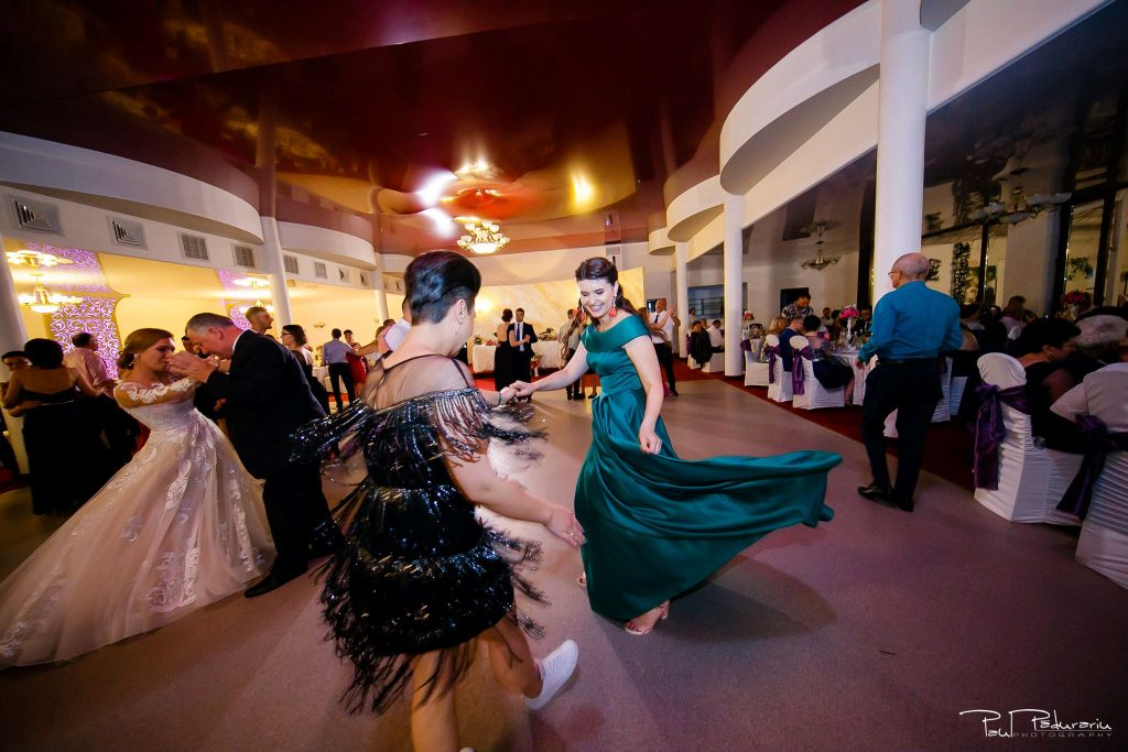 Diana Sebi nunta lavanda paul padurariu fotograf nunta Salon Regal Husi 15