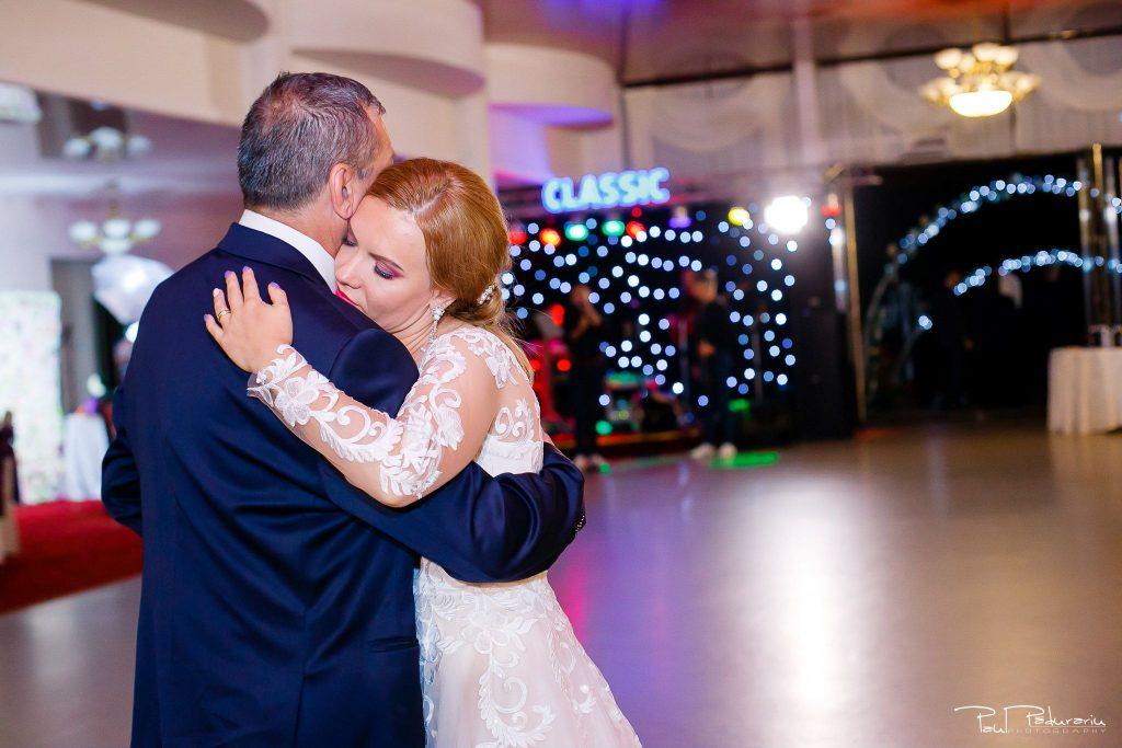 Diana Sebi nunta lavanda paul padurariu fotograf nunta Salon Regal Husi 17