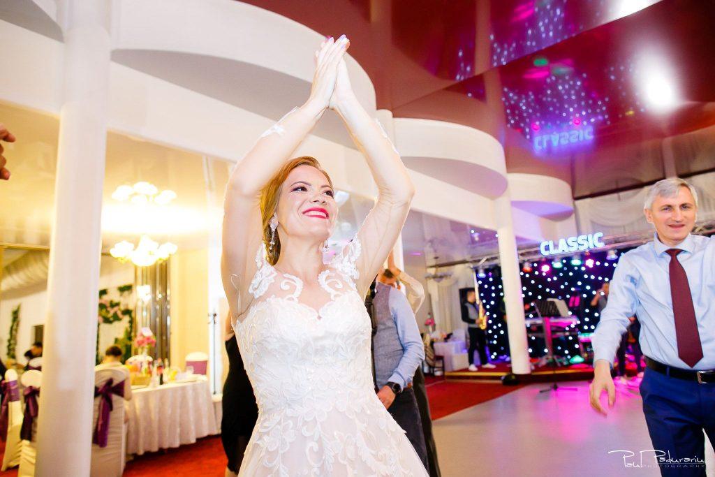 Diana Sebi nunta lavanda paul padurariu fotograf nunta Salon Regal Husi 11