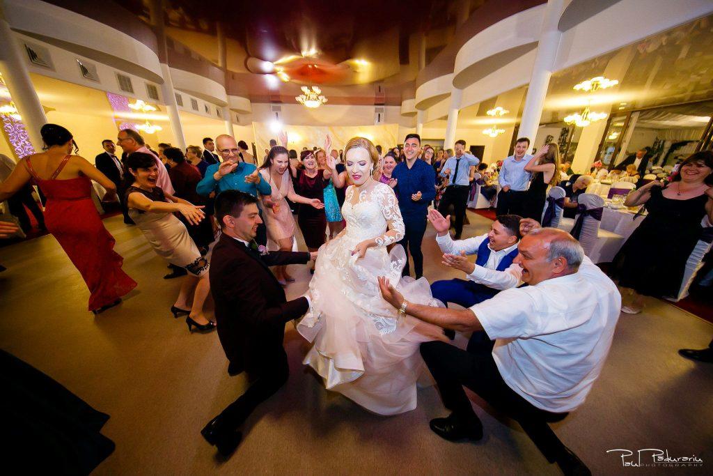 Diana Sebi nunta lavanda paul padurariu fotograf nunta Salon Regal Husi 12