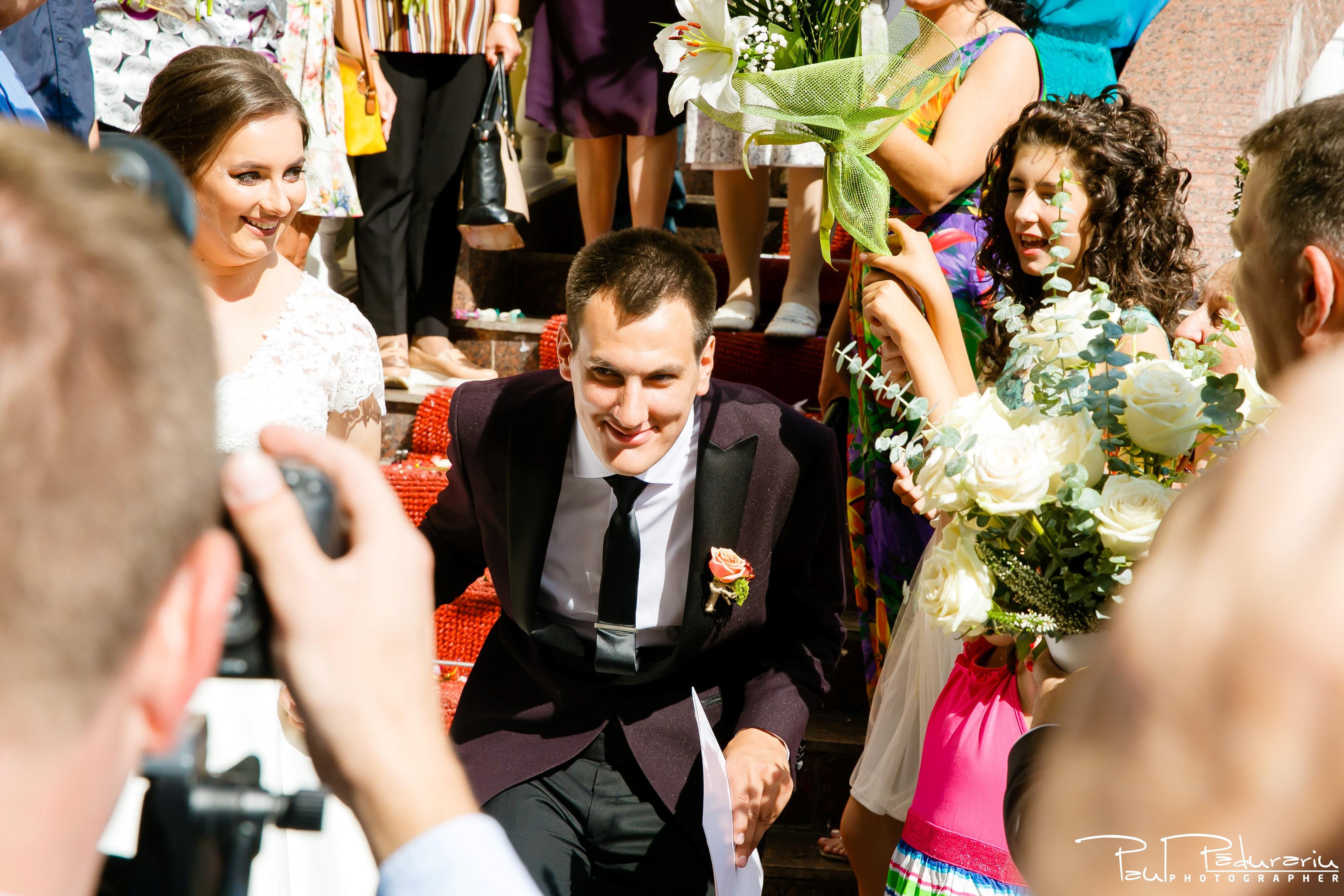 Cristina si Razvan nunta rustica la Bellaria Iasi cununia civila podul de flori miri fotograf profesionist nunta www.paulpadurariu.ro © 2017 Paul Padurariu