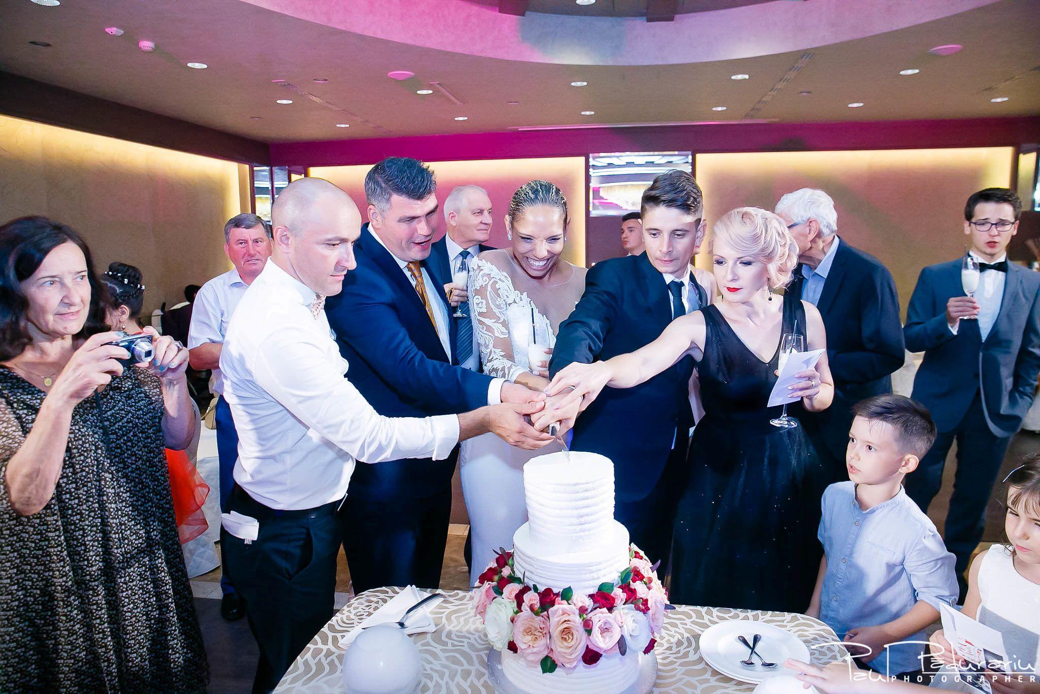 Andrei si Michaela petrecere miri nunta Congress Hall Iasi   fotograf nunta Iasi Paul Padurariu 15