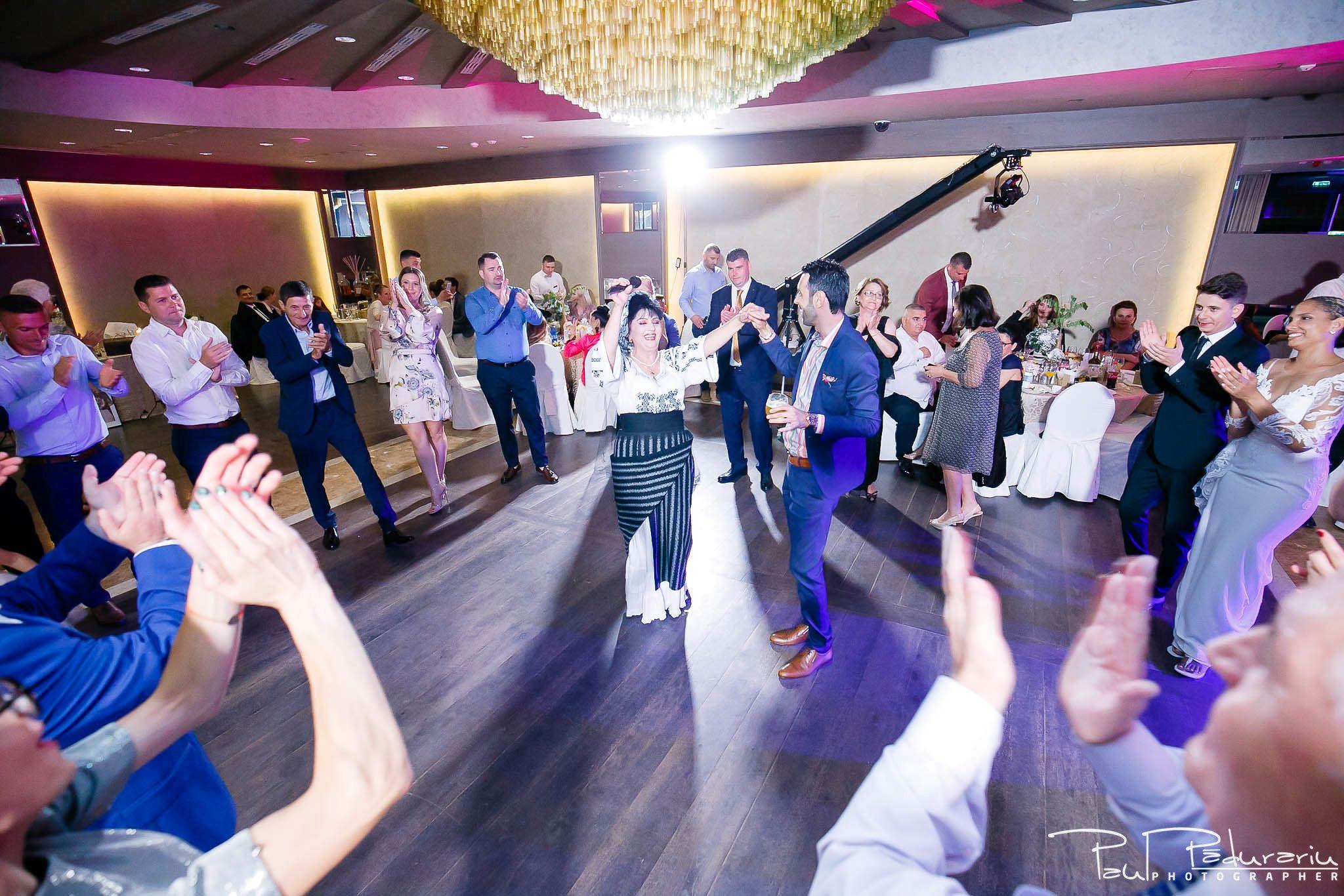 Andrei si Michaela petrecere miri nunta Congress Hall Iasi   fotograf nunta Iasi Paul Padurariu 16
