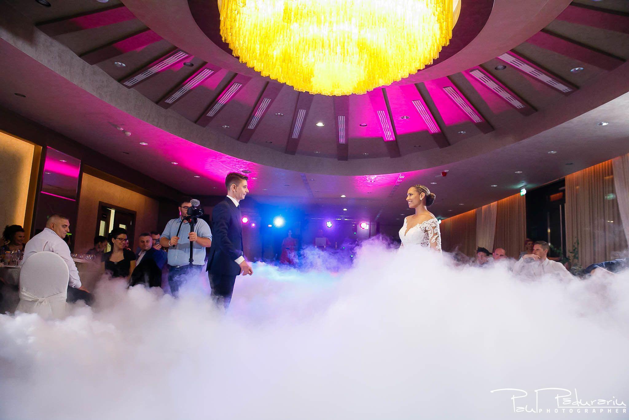 Andrei si Michaela petrecere miri nunta Congress Hall Iasi   fotograf nunta Iasi Paul Padurariu 3