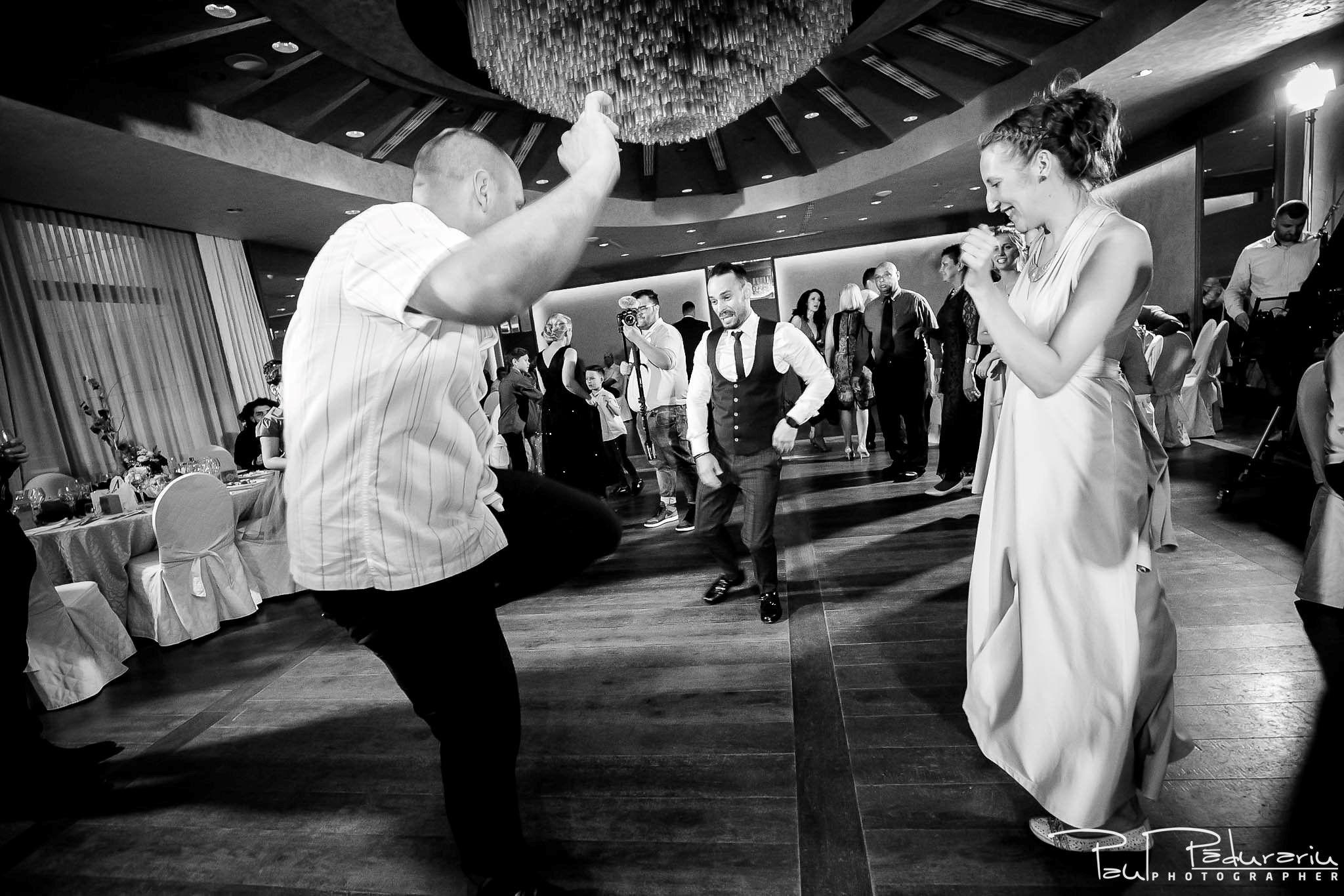 Andrei si Michaela petrecere miri nunta Congress Hall Iasi   fotograf nunta Iasi Paul Padurariu 8