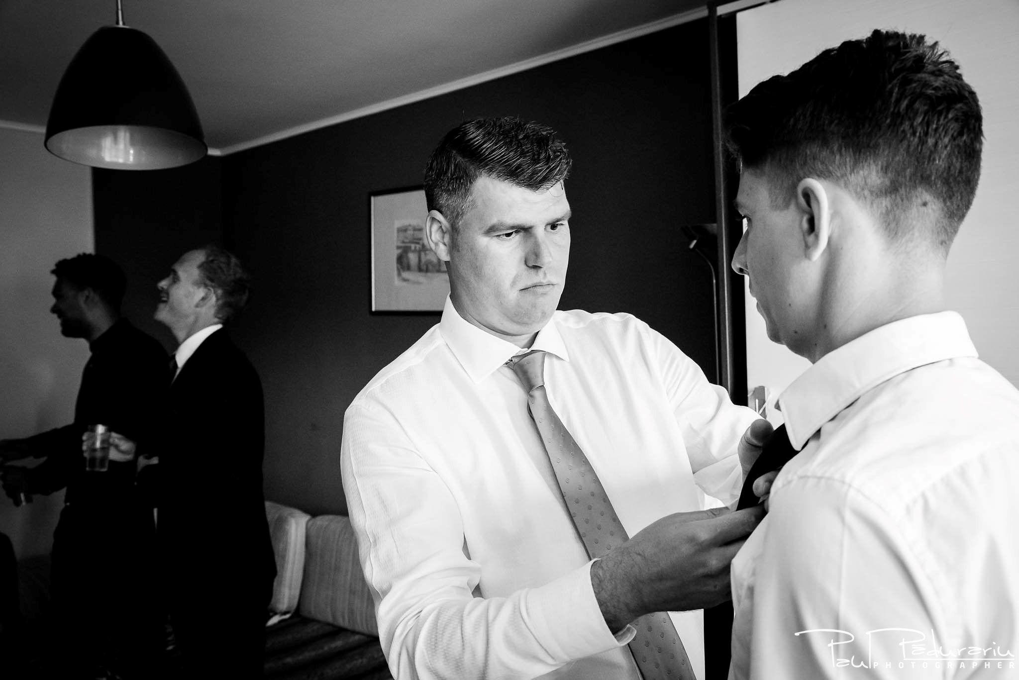 Andrei si Michaela - pregatiri miri   fotograf nunta Iasi Paul Padurariu 1
