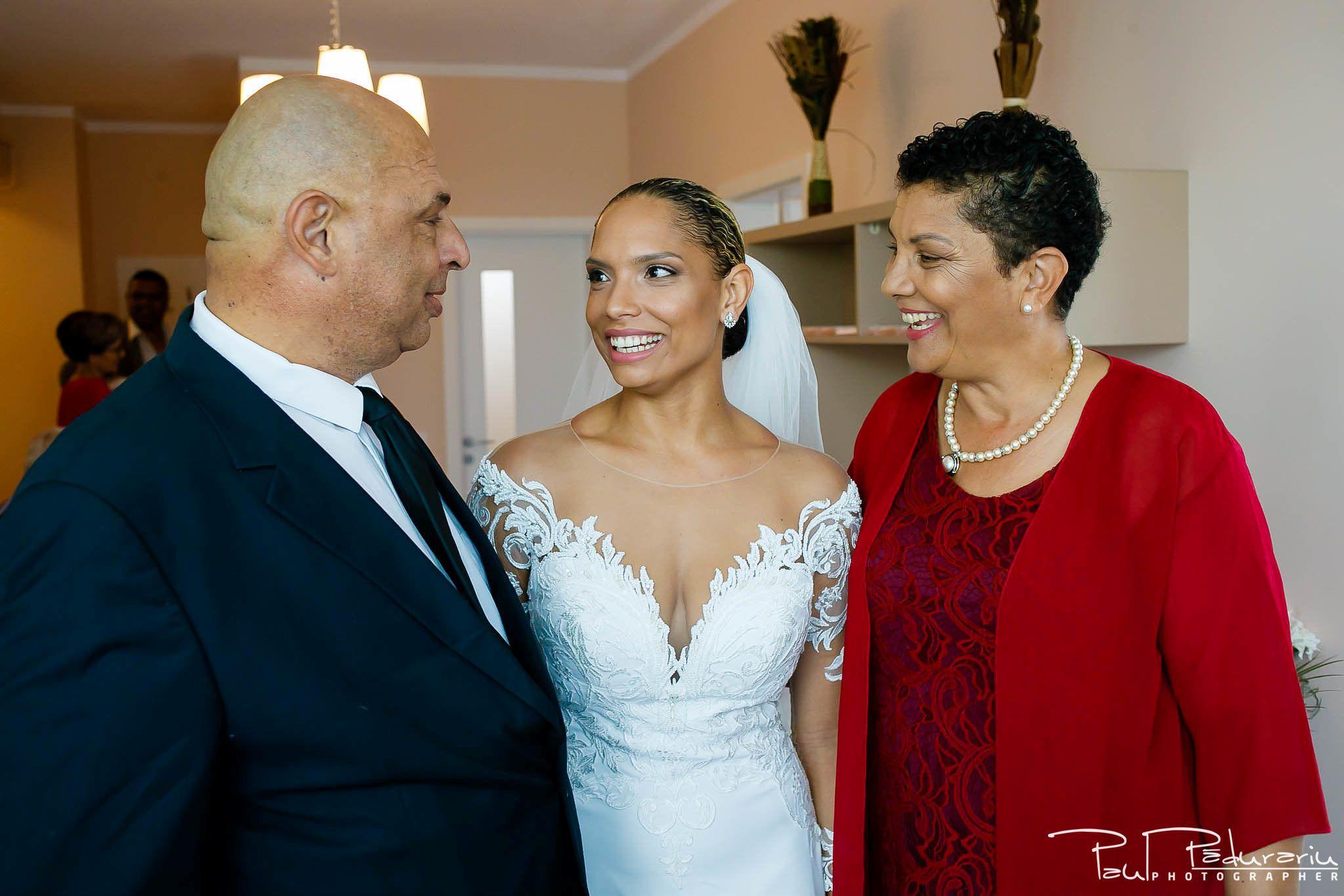 Andrei si Michaela - pregatiri miri   fotograf nunta Iasi Paul Padurariu 7